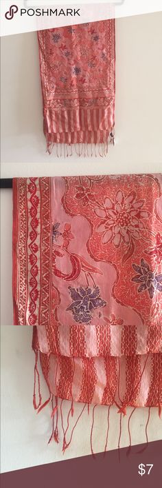 Light floral summer scarf Light summer scarf from Indonesia, red and pink with floral patterns and tassels at the end. Accessories Scarves & Wraps