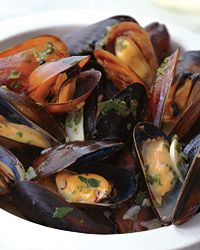 Sauvignon Blanc-Steamed Mussels with Garlic Toasts Recipe from Food & Wine - I think I need to try this with a stout beer.