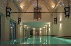 Villa Elbe : Moderne Pools von Andreas Edye Architekten