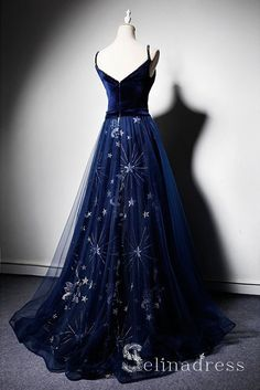Senior Prom Dresses, Blue Wedding Dresses, Bridal Dresses, Vintage Prom Dresses, Pretty Outfits, Pretty Dresses, Beautiful Dresses, Marine Uniform, Maxi Robes
