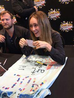Alycia Debnam-Carey - Alycia Clark - Fear The Walking Dead - ADC - Lgbt - comic con
