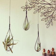 1本の針金が織りなす世界。ワイヤークラフトの楽しみ方♪ | RoomClip mag | 暮らしとインテリアのwebマガジン