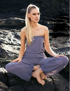 OMG if I could ever pull this off..both sewing it and wearing it!    Burda Strapless Jumpsuit 04/2012