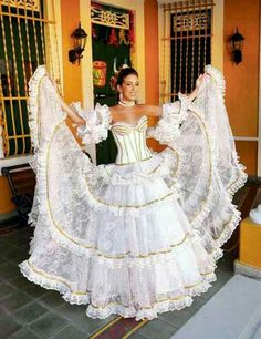 Buy for contact on whatapp Marcela Dávila, Queen of the Barranquilla Carnival 2011 Custom Dresses, 15 Dresses, Dance Dresses, Wedding Dresses, Mexican Quinceanera Dresses, Mexican Dresses, Beauty And The Beast Movie, Flamenco Skirt, Most Beautiful Dresses