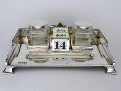 Online veilinghuis Catawiki: Zilveren inktstel met kalender, Art Deco, Walker & Hall, Sheffield, 1921