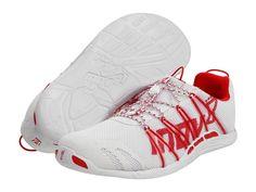 We hebben weer een nieuwe schoen in de Op=Op Aanbieding !!  Inov-8 Bare-X Lite 150 Schoenen Wit   De Bare-X Lite 150 is de lichtste wedstrijdschoen in de Road serie van Inov-8.  Ideaal voor o.a Triathlon en Minimalistische Hardlopers.