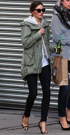 Olivia Palermo: green jacket + black skinnies + leopard flats