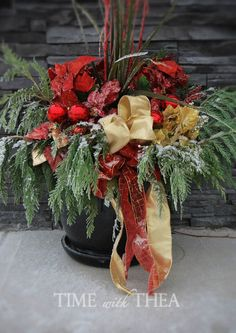 5 Step Instructions How To Design A Christmas Outdoor Floral Arrangement  -  Time With Thea