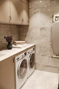 Laundry room in marble Laundry Room Design, Laundry In Bathroom, Interior Design Living Room, Living Room Designs, Diy Home Decor, Home Appliances, House Design, House Styles, Future