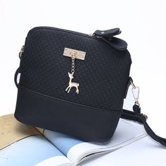 cfa7d860bebc Hot Fashion 2017 Women Messenger Bags Mini Bag With Cute Deer Toy Shell  Shape
