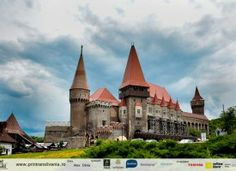 Corvin Castle, also known as Corvins' Castle, Hunyad Castle or Hunedoara Castle - in Hunedoara Barcelona Cathedral, Mansions, House Styles, Building, Manor Houses, Palaces, Photography, Travel, Mansion Houses