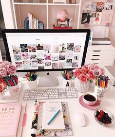 Office decor and home office inspiration Home Office Space, Home Office Design, Home Office Decor, Office Style, Office Desk Decorations, Work Desk Decor, Cozy Home Office, Design Desk, Furniture Design