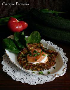 Czerwona Porzeczka: Placki z cukinii z wędzonym łososiem Vegetables, Blog, Vegetable Recipes, Blogging, Veggies