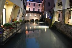 When we review a city for you, we normally suggest a route, so that it's easier for you to see the POIs without spinning around, but with Treviso it's all another matter and it's very hard to create a logical route to follow. Indeed, while visiting it, we realized that there is no route to follow and that Treviso must...