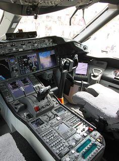 Boeing 767 Cockpit