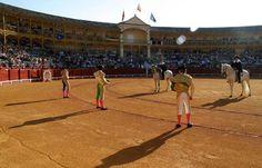 CARTEL Para la corrida de San Fernando en mayo Lujo en Aranjuez - Mundotoro.com #cartel #Aranjuez #toros
