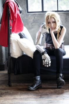 Edward Elric from Fullmetal Alchemist cosplay || anime cosplay
