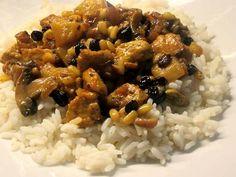 Ελληνικές συνταγές για νόστιμο, υγιεινό και οικονομικό φαγητό. Δοκιμάστε τες όλες Cooking Recipes, Healthy Recipes, Healthy Food, Chana Masala, Recipies, Food And Drink, Gluten, Rice, Meat