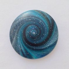 bizzi zizzi doctor who inspired galaxy pebble - so interesting and so neat for laboring mothers and doulas to have on hand. :)
