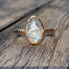Home d/écor Highest Selling Shops Gift for Wife Modern Stacking Ring Nice Gemstone Round Faceted Rainbow Moonstone Ring Solid Silver White Rainbow Moonstone Nice Gemstone Ring