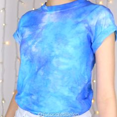 Diy Tie Dye Video, Tie Dye Tutorial, T Shirt Tutorial, Tye Dye, Diy Tie Dye Shirts, Diy Shirt, Tie Dye Crumple, Camisa Tie Dye, Clothes Refashion