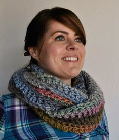 NEW FREE PATTERN FROM CRYSTAL PALACE YANRS!  Chunky Mochi Long Crocheted Cowl