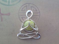 "Little Yogi ""Namaste""in Silver Jade yoga people meditation Lotus Gasho Namaskar mudra zen heart chakra lemurian diamond Wire Wrapped Jewelry, Metal Jewelry, Beaded Jewelry, Handmade Jewelry, Diamond Jewelry, Wire Crafts, Jewelry Crafts, Wire Wraping, Bijoux Fil Aluminium"