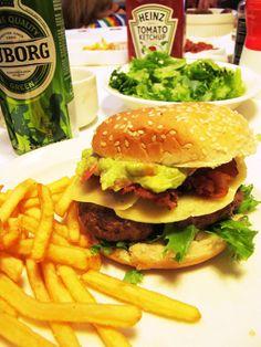 Reindeer hamburger with avocado-dip and Tuborg beer