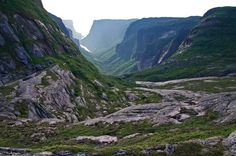 Backpacking the Long Range Traverse in Gros Morne National Park - Looking down Western Brook Pond at about PM Gros Morne, Backpacking Trails, Newfoundland Canada, Atlantic Canada, Beautiful Forest, Prince Edward Island, New Brunswick, Day Hike, Hiking Backpack