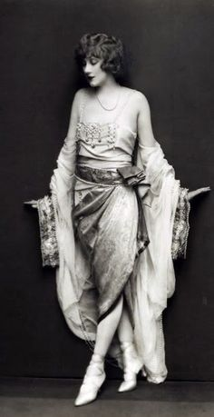 Helen Lee Worthing - 1927 - Ziegfeld Follies Star - Photo by Edward Thayer Monroe - @~ Mlle