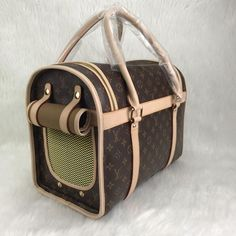 Louis Vuitton Dog Bag 40 cm – World Leather Design Luxury Handbag Brands, Luxury Bags, Vuitton Bag, Louis Vuitton Handbags, Lv Handbags, Designer Handbags, Louis Vuitton Dog Carrier, Most Expensive Handbags, Dog Carrier Bag