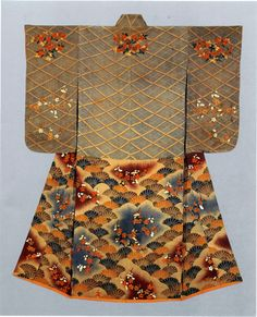 Furisode with design of latticework, chrysanthemums, waves (seigaiha), plum and cherry blossomsPaste-resist (Yuzen) and tie-dyeing and embroidery on parti-colored silk crepe (chirimen)