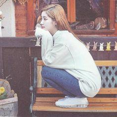 Twice Photo Book White Aesthetic, Kpop Aesthetic, Aesthetic Photo, Nayeon, Korean Beauty Girls, Song Of The Year, Twice Dahyun, Fandom, Girl Day