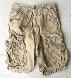 I like the way they made these cargo shorts...