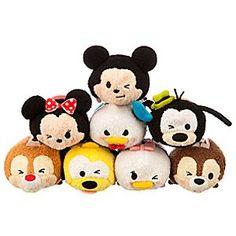 Disney Mickey Mouse and Friends ''Tsum Tsum'' Mini Plush Collection Tsum Tsum Party, Disney Tsum Tsum, Disney Plush, Mickey Mouse And Friends, Disney Mickey Mouse, Minnie Mouse, Disney Dolls, Tsumtsum, Disney Day