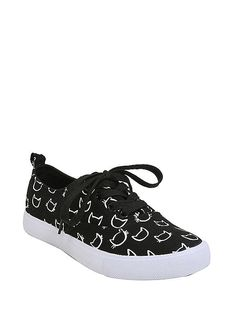 Hot Topic : Cat Head Print Lace-Up Sneakers