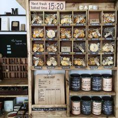 お店屋さん風ディスプレイ/瓶収納/樹脂粘土クッキー/My Shelfのインテリア実例 - 2014-12-02 01:03:11 | RoomClip(ルームクリップ)