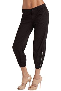 J Brand, 1334 Earhart, worn brack, $235.00   A modern update on the classic flight pant. In fine luxe twill, wear them slouchy for an upscale casual look. Wear them with heels or sandals.      Modern Flight Pant     Slouchy Fit     10.5-Inch Leg Opening     26-Inch Inseam     6-Ounce Fine Luxe Twill     98% Cotton, 2% Lycra   Style Number: 1334WR100