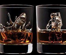 3D Ice Cubes Sculptures. So NEAT!!!