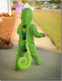Great dinosaur homemade costume!