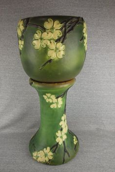 Roseville green Dogwood jardiniere and pedestal