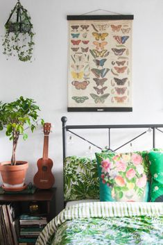 5 ways to refresh your home after winter, workspace 2017, work office, bedroom, home office  Cityscape Bliss // Creative home, blogger home, Frida Kahlo home decor cushion, butterfly vintage poster, green home decor ideas