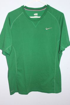 Nike FIT DRY Size Large EXERCISE Men's Green ATHLETIC Shirt  #Nike #AthleticTee
