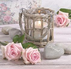 Marianna Lokshina - Still Life With Roses_LMN40145