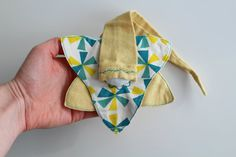 """Lutinou key biological """"whirligigs"""" white, yellow and green, yellow background Boutique Mimi, Yellow Background, Sheep Wool, Love Words, Initials, Key, Green, Fabric, How To Make"""