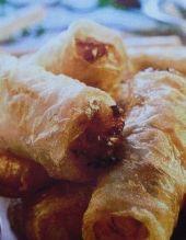 Sajgonki z piekarnika Polish Recipes, Food And Drink, Cooking Recipes, Menu, Snacks, Chicken, Baking, Fitness, Kuchen