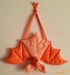 I want to make one in felt.... fladdermus