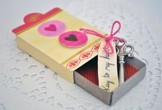 valentine's day match box, made this the other day : )