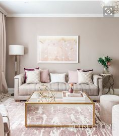 00 4 Tips To Create A Sophisticated Home Office Discover designer Hilary Ramsay's formula for a feminine space that looks sleek, not sweet. Glam Living Room, Formal Living Rooms, Interior Design Living Room, Home And Living, Living Room Designs, Feminine Living Rooms, Living Room Decor Gold, Beige And White Living Room, Beige Sofa Living Room