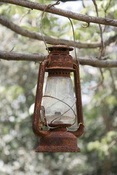 How to Paint a Kerosene Lantern